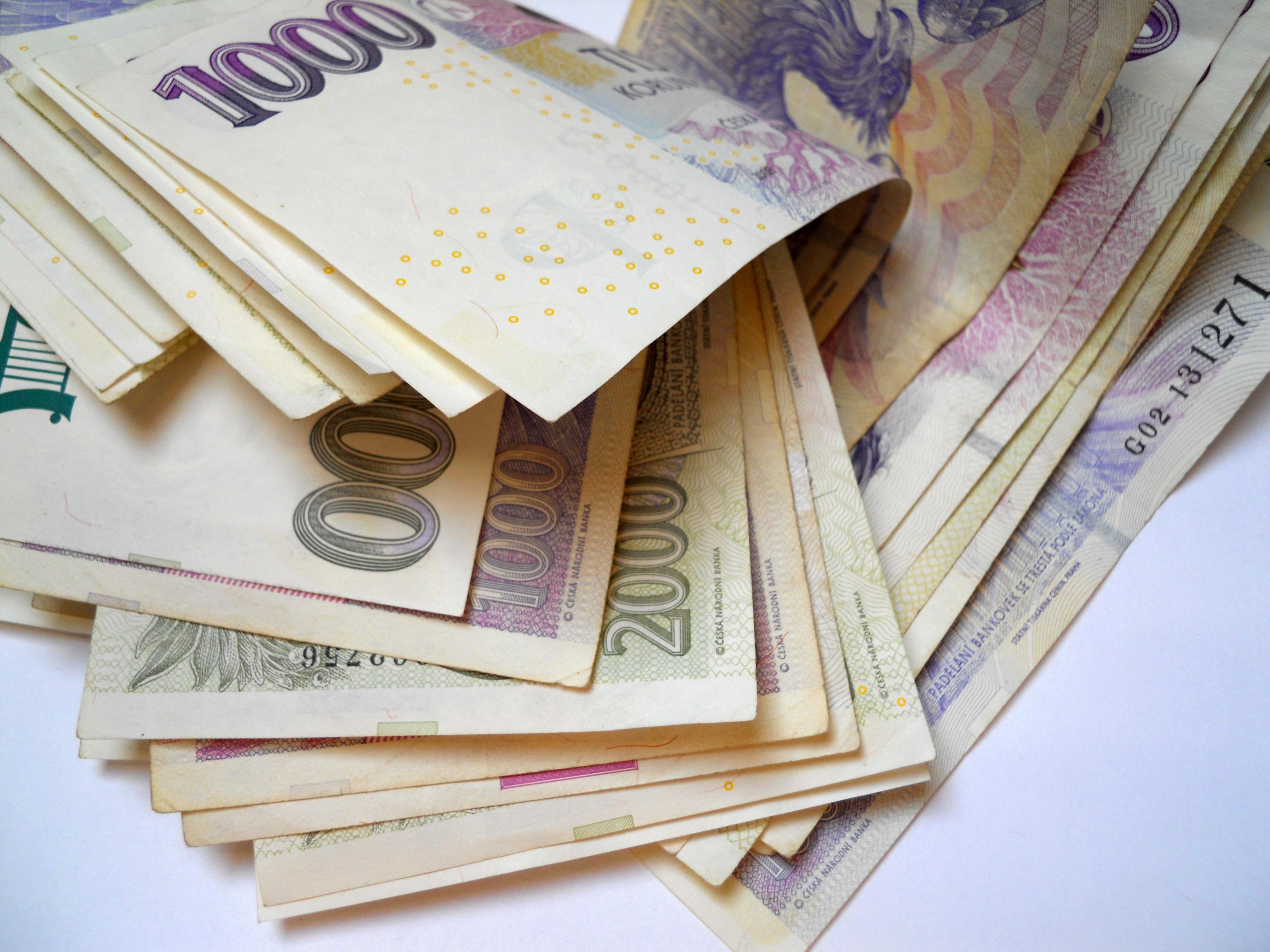 Blesková půjčka před výplatou ihned na učet